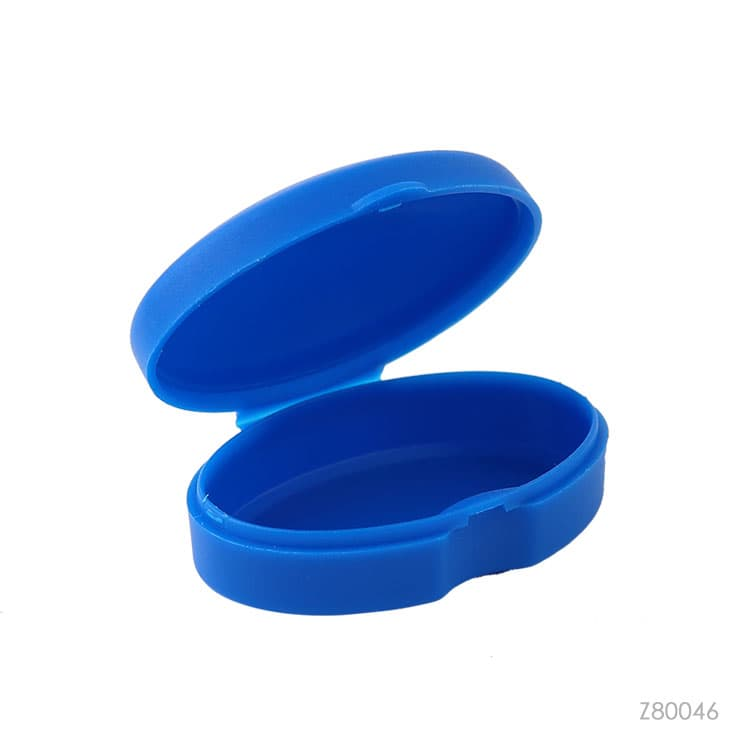Wholesale custom  Plastic Oval Pill Storage Box Care & Protection 2